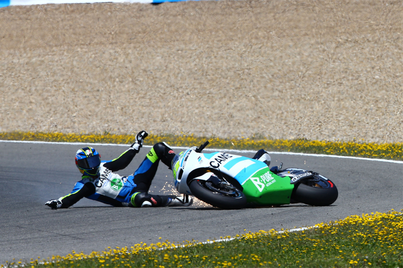 4SR MotoGP Pesek Czech crash 1
